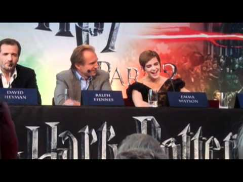 Ralph Fiennes was hysterical at the Harry Potter Press Conference!