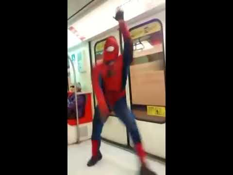 sensual baile de spiderman en el metro (oficial)