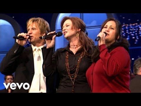 Charlotte Ritchie,Reggie & Ladye Love Smith - Rejoice With Exceeding Great Joy [Live]