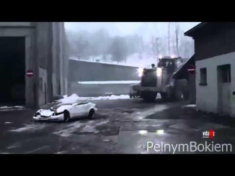 Niszczenie samochodu szefa