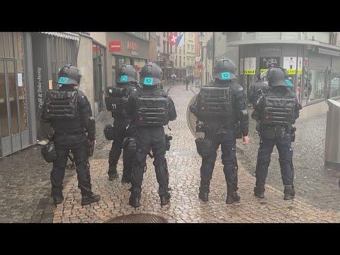 Zürich ZH: Polizei verzeigt Veranstaltungsteilnehmende