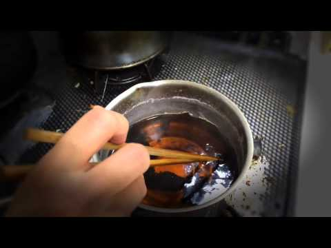 How to clean burned pots and pans by tkviper.com