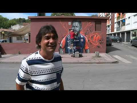 Téji Savanier has been honoured with a mural in his native borough, where he still lives. This summer, he chose to sign for Montpellier from rivals Nîmes despite having better offers, to stay in his gypsy community.