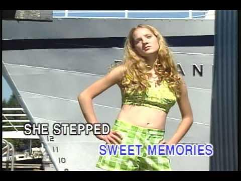 Memory Love Songs Vol.3 - SWEET MEMORIES  (Karaoke)