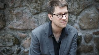 "Frankfurter Anthologie: Thomas Huber liest ""sarajewo"" von Jan Wagner"