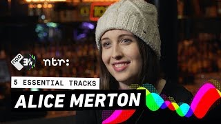 Alice Merton literally likes digging holes and hiding things inside them | 3FM