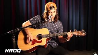 Pierce The Veil - Hold On Till May (KROQ Acoustic)