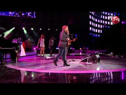 Alejandro Sanz Feat Noel Schajris - Lola Soledad (En Vivo - Viña del Mar 2011) [HD]