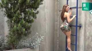 Repeat youtube video Lucecita: Colocha se 'desnuda' en entrevista para Aja