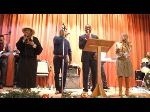 Pole de Felix Ngandu interprété par les chantres de l'Eternel