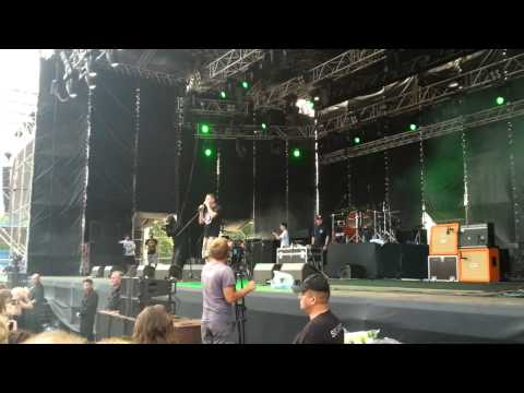 Песня Oxxxymiron - Восточный мордор (live, Greenfest 2013) в mp3 256kbps