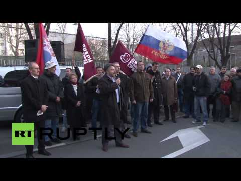 Serbia: 'Crimea is Russia, Kosovo is Serbia' declare protesters