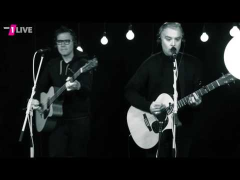 blink-182 - Bored To Death (Acoustic) @ 1Live Plan B - 14.11.2016