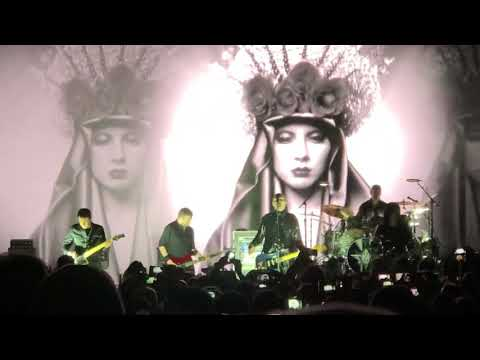 The Smashing Pumpkins-Muzzle live. 12-7-18 Mesa Arizona at The Mesa Amphitheatre.