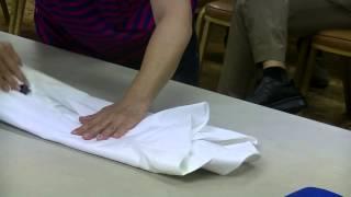 衣物整理4 怎麼摺襯衫 全場驚呼!! thumbnail