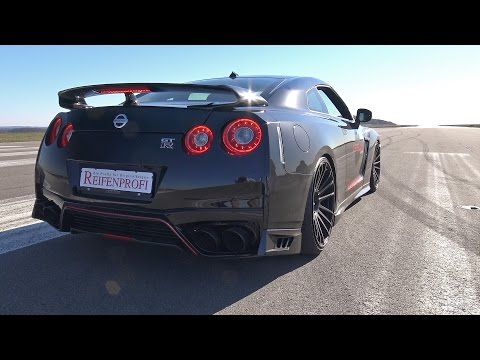 2017 Nissan GT-R R35 by Levella - Launch Control, Exhaust Sounds, Accelerations