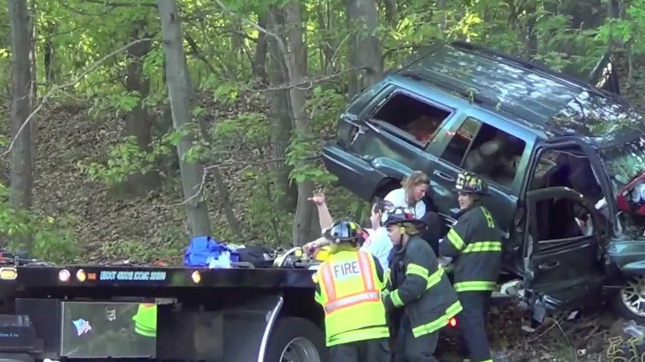 Haverhill Ma, Med vac off 495, car crash !!!