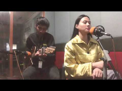 Boyz II Men - On Bended Knee (Live Acoustic Cover by Farah Fairuz)