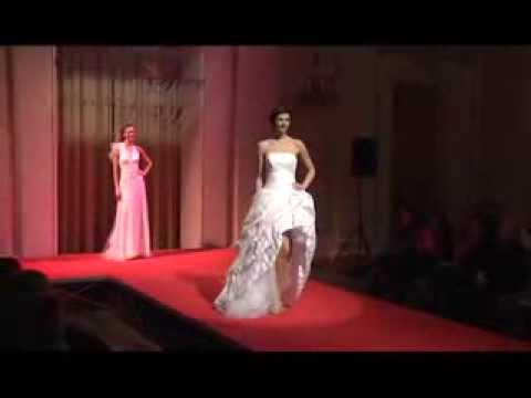 4548af8ec64e Sfilata Alta Moda Sposi a Bologna Si Sposa - ed. primavera - YouTube