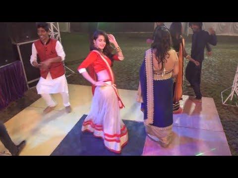 शादी वाले डीजे पर - Best Dance - Indian Wedding Video