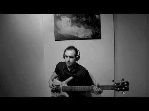 """Daft Punk """"Voyager"""" (Bass Cover)"""