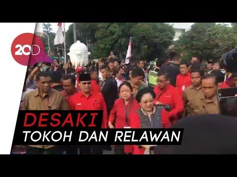Tokoh dan Relawan Sambut Jokowi-Ma'ruf Amin di Gedung Joang
