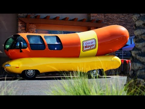 Craig Stevens - Travel Country In 27-Foot-Long Wienermobile