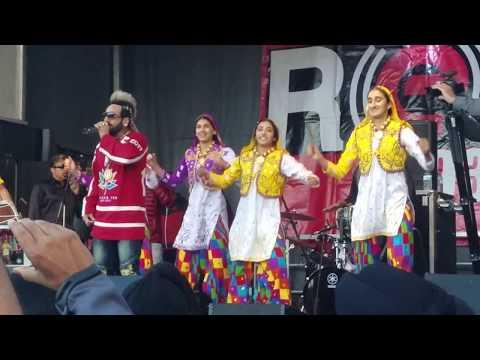 Jazzy B - Naag (Live Performance @ RedFM Surrey Diwali Dhamaka 2017)