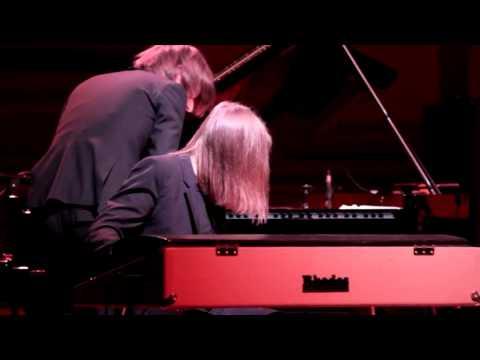 Michael Wollny & Leszek Mozdzer - Svantetic (live)
