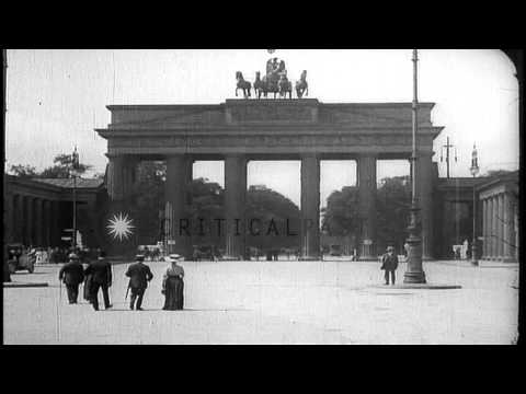 Victory column and Brandenburg Gate in Berlin, Germany. HD Stock Footage