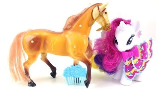 Игрушки. My little pony. Лошадки. Развивающее видео(Развивающее видео для малышей из игрушек! Наша красивая пони отправилась на прогулку - кататься на горках..., 2015-08-12T12:35:26.000Z)