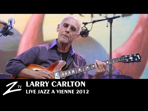 Larry Carlton - Minute By Minute, Smiles And Smiles To Go, Gracias, Room 335 - LIVE HD