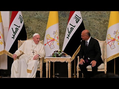 البابا فرنسيس يغادر العراق بعد زيارة تاريخية  - نشر قبل 4 ساعة