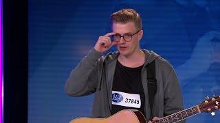 Baixar Jesper Andersson - I Want to Break Free av Queen (hela Idol-audition 2017) - Idol Sverige (TV4)