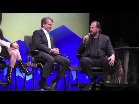 Dreamforce 2016 -  10-7-2016 - ceo series with moderator marc beniofff