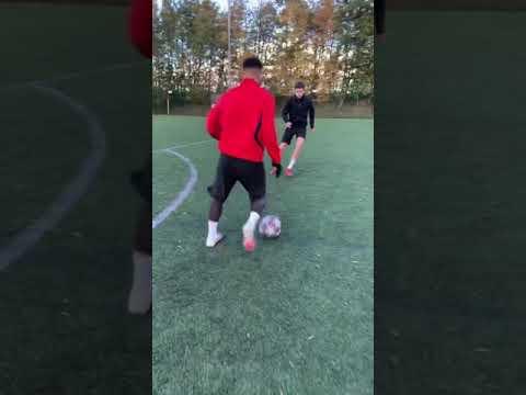 MAD DIZZY FOOTBALL SKILL MOVE! 😵💫🤯 #Shorts Thumbnail