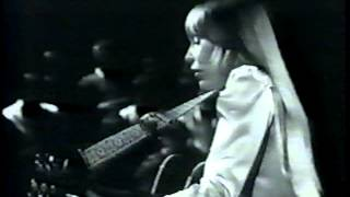 Watch Joni Mitchell The Dawntreader video