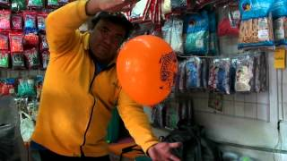 Repeat youtube video UN PEQUEÑO TRUCO GLOBOS CHASTY