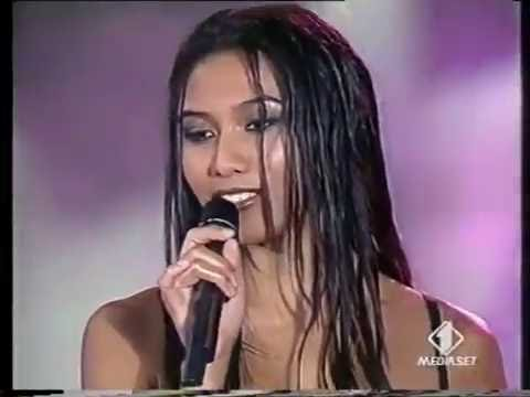 Anggun - A rose in the wind