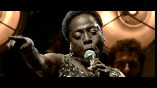 Sharon Jones & The Dap-Kings - This Land is your Land (live)