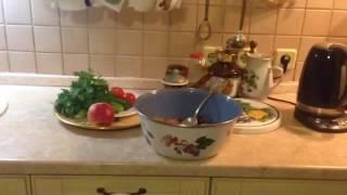 Зимний салат из овощей ( яблоки , капуста , свекла )
