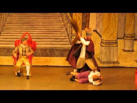 Ttrailer The Mock Doctor Teatro Raul Casillas - YouTube