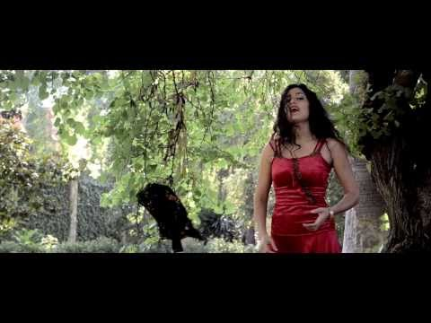 Mor Karbasi 'Ladrona de Granadas' (official video from 'La Tsadika' 2013)