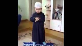 الطفل الذي ابهر العالم