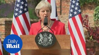 PM: UK and US will 'pursue an ambitious free trade agreement' - Daily Mail thumbnail