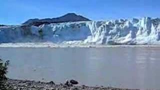childs glacier calving august 28 2007