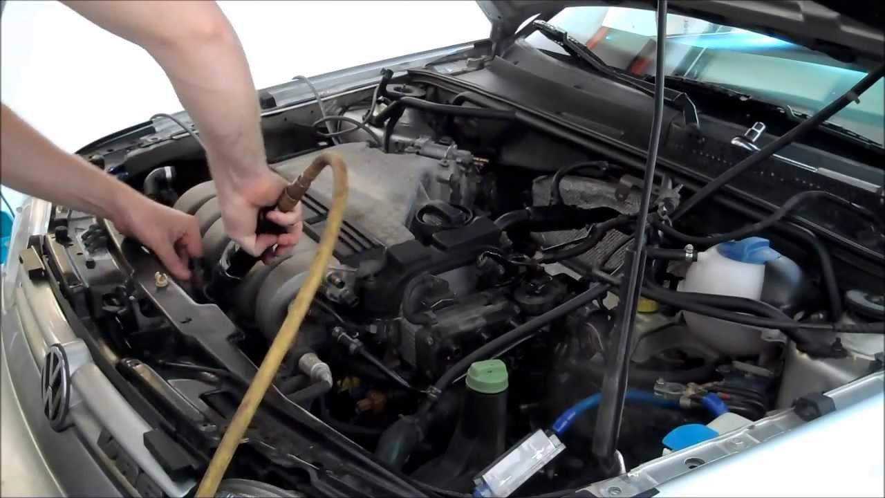 VR6 Upper Intake Manifold Removal - How to DIY Golf Jetta Corrado 2 8L Audi  VW AAA