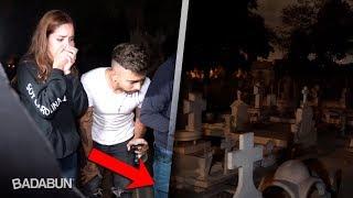 Visitamos una tumba donde se escuchan llantos thumbnail