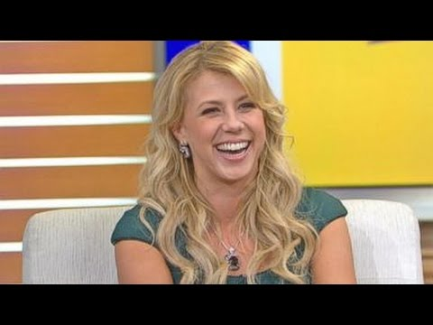 'DWTS' | 'Fuller House' Star Jodie Sweetin to Compete on Season 22