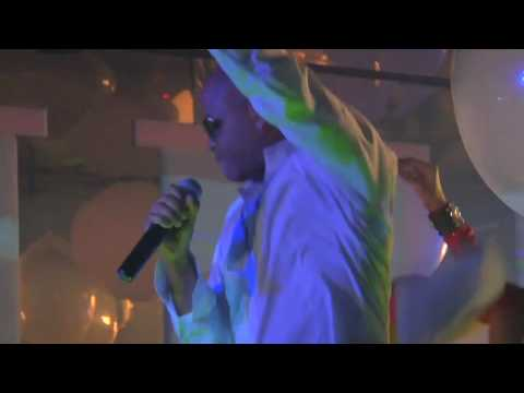 Клип Chris Willis - Tomorrow Can Wait